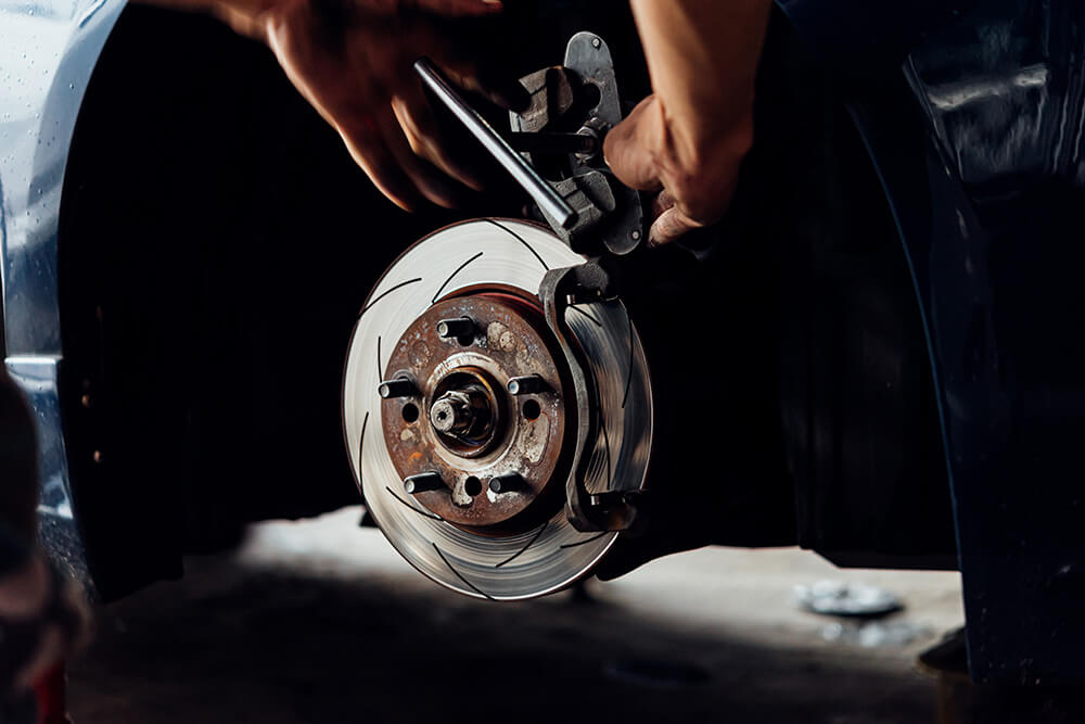 4-signs-your-brakes-need-replacing
